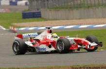 TOYOTA F1 TF105 Schumacher at speed Silverstone. Photo.